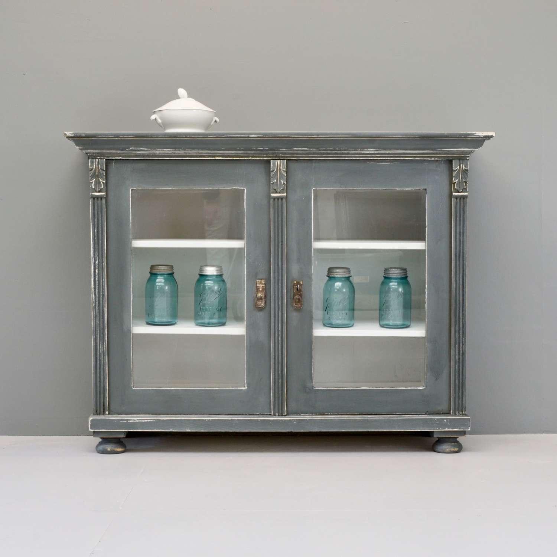 Glazed front cabinet