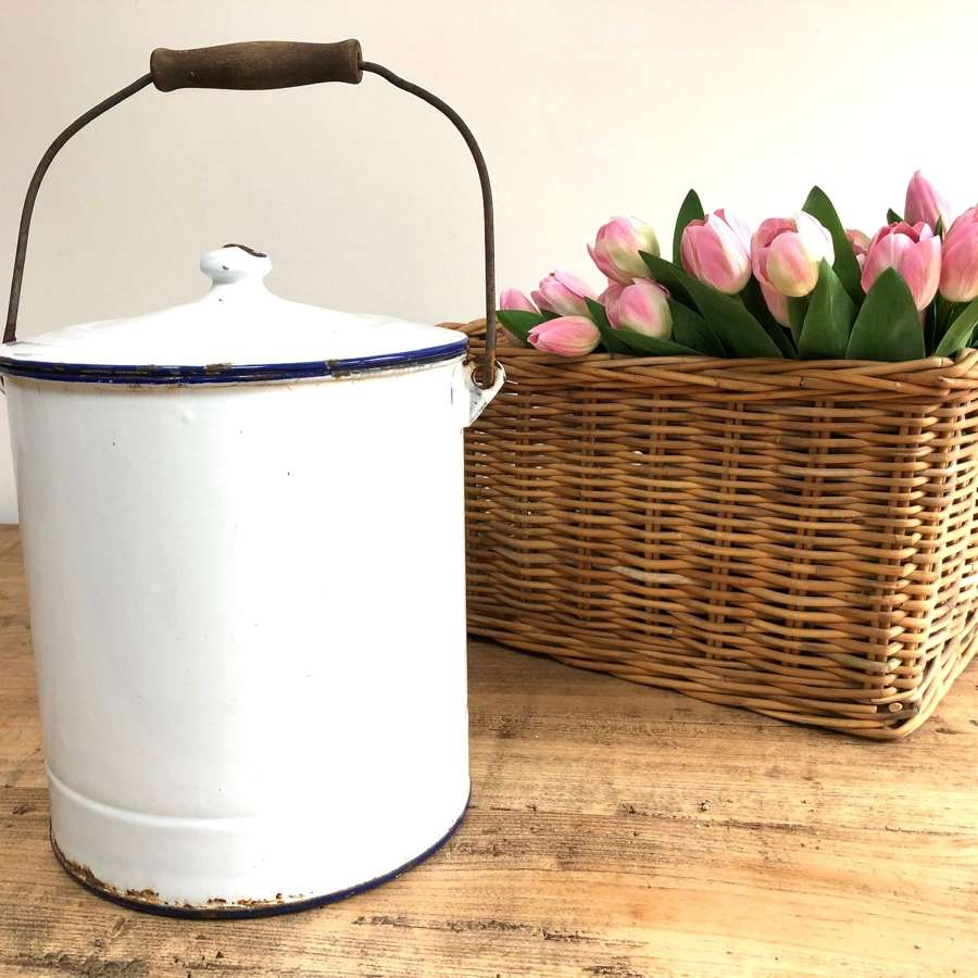 White Enamel Bucket With Lid