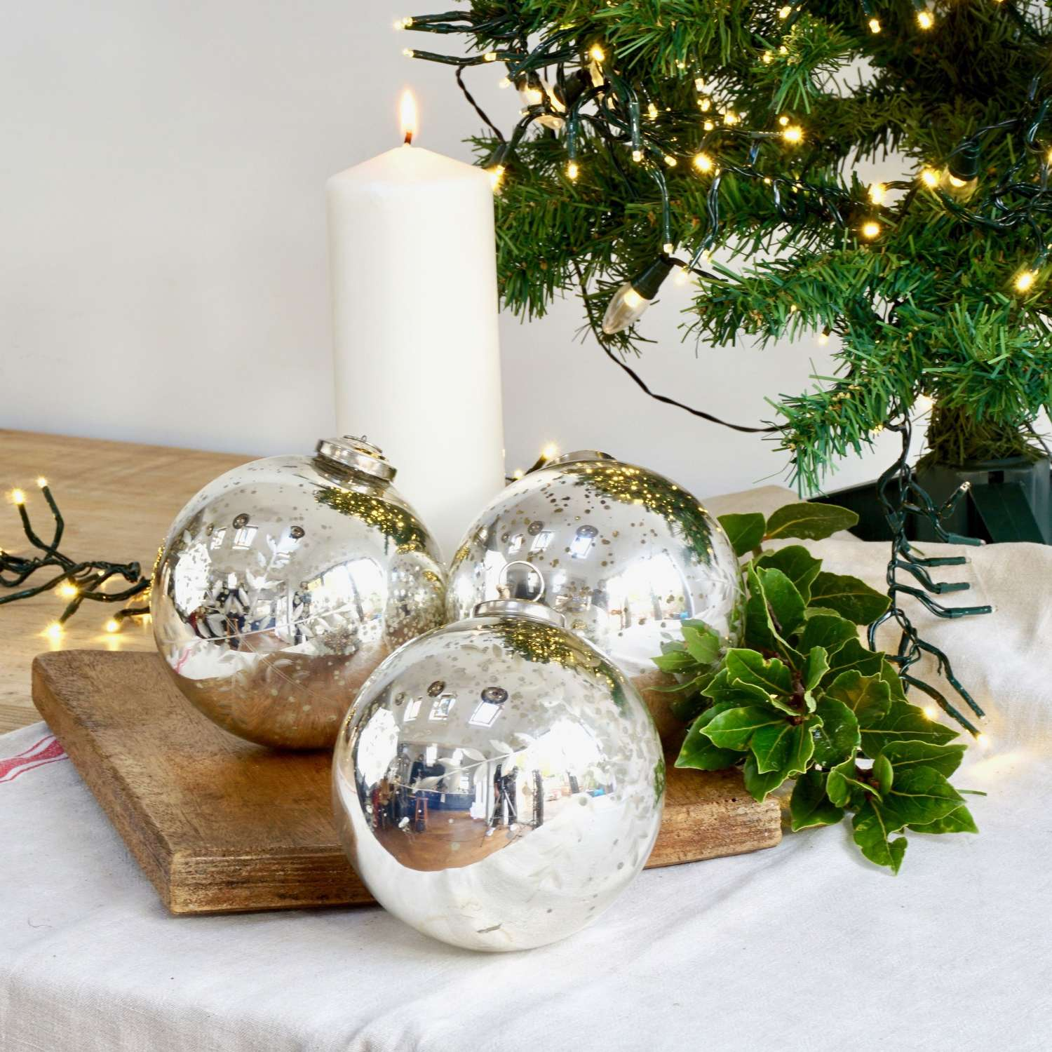 Vintage Style Glass Baubles (medium)