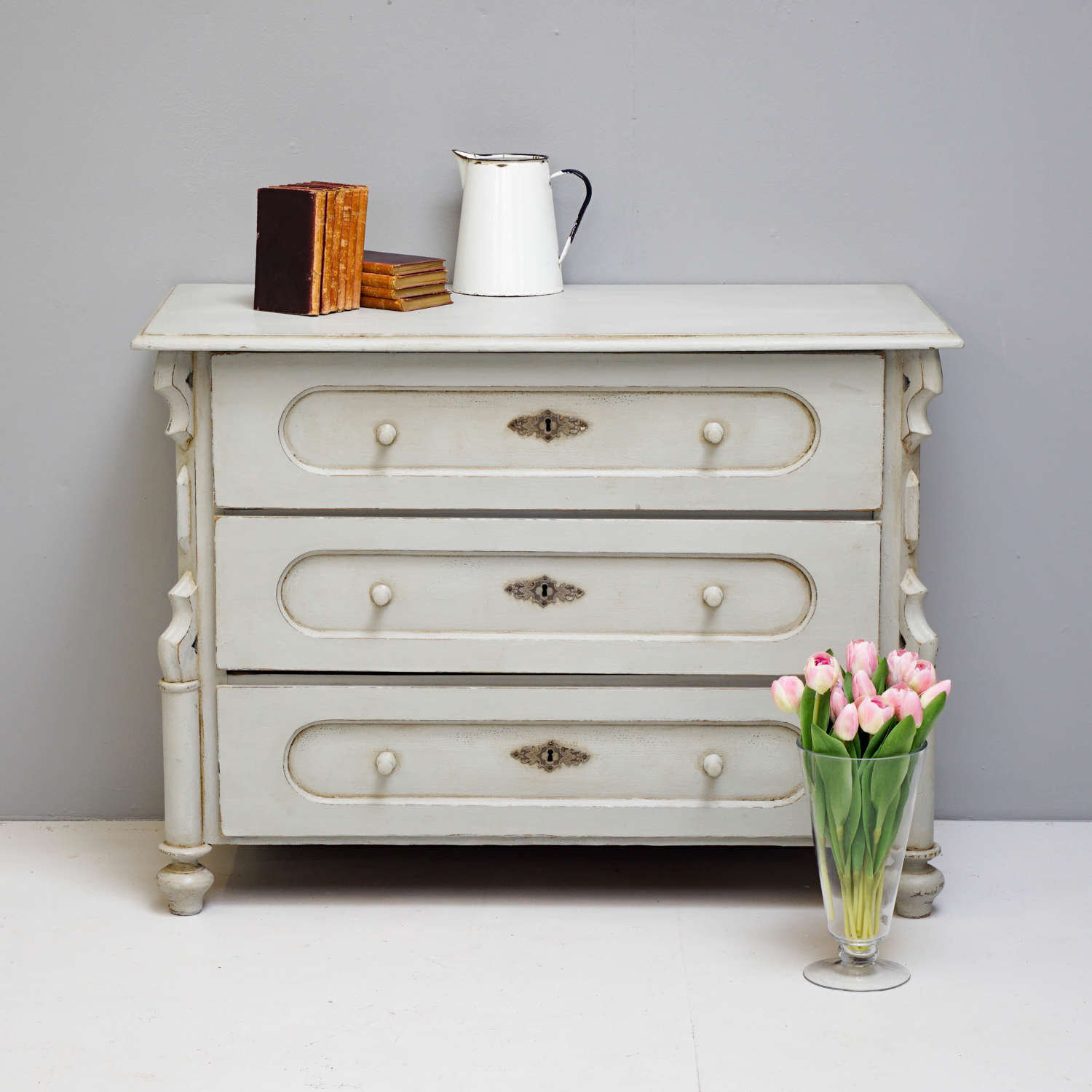 Continental Chest of Drawers